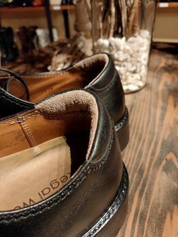 靴のカカトは大切にしたいですよね。_f0283816_17265376.jpg