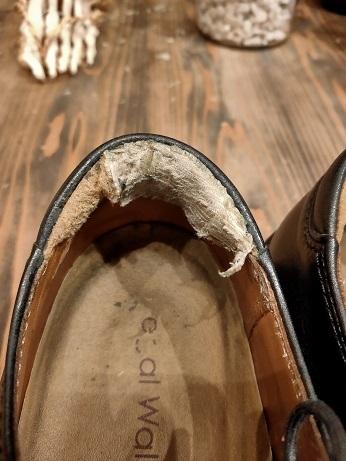靴のカカトは大切にしたいですよね。_f0283816_17265843.jpg