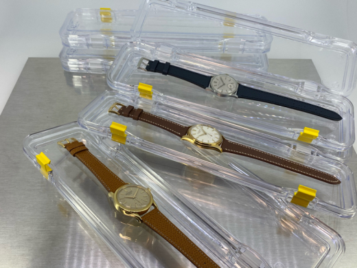 Just received carrying protection box for watches_c0128818_13332035.jpg