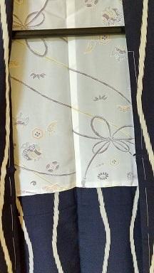 着物を羽織にリメイクした_d0043390_20372298.jpg