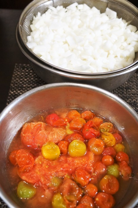 ■菜園発の自家製保存食【玉葱とトマトの大量消費で 特製ミートソース作り】_b0033423_21165616.jpg