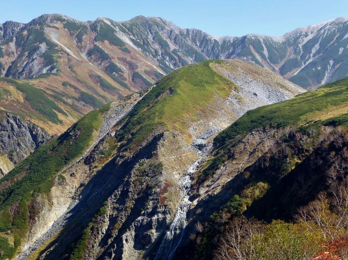 立山徘徊 紅葉を見る2・ソーメン滝~鏡石_f0374895_22380185.jpg