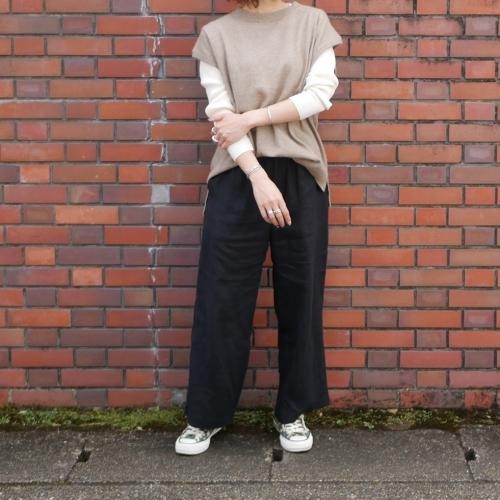 raccoon knit vest & corduroy pants_e0247148_16240263.jpg