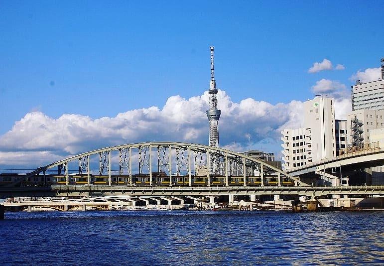 青空と雲と隅田川とスカイツリー_a0355365_18194608.jpg