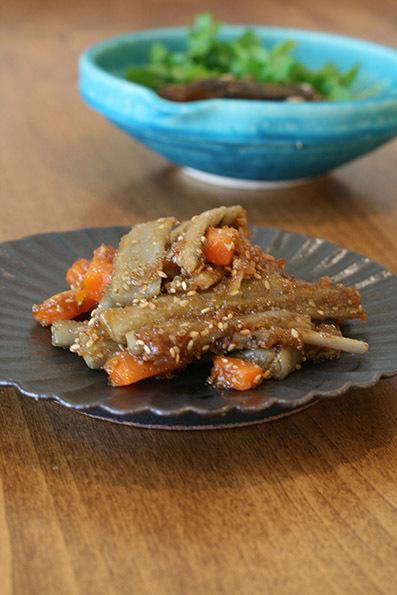ほかほか肉豆腐と鮎の甘露煮_e0137277_16074767.jpg