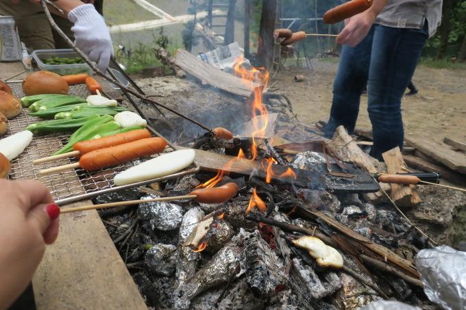 芋を焼く。_e0149587_08460446.jpeg