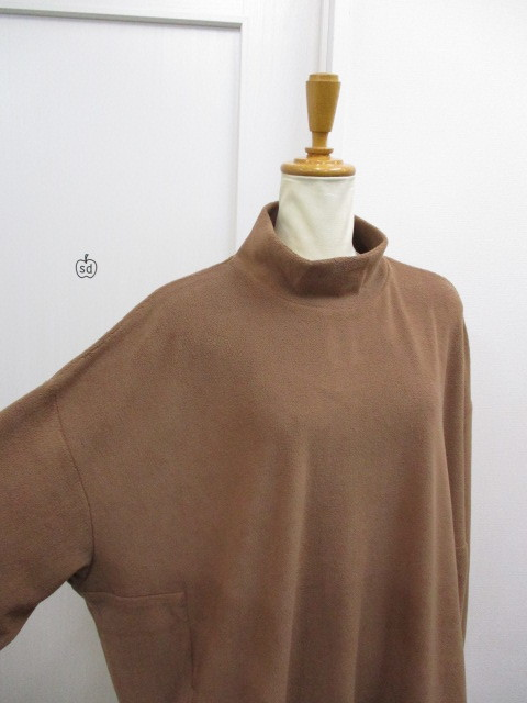 Nora Lily ノラリリー Nora Lily Mock Neck Volume Top_e0076692_17405788.jpg