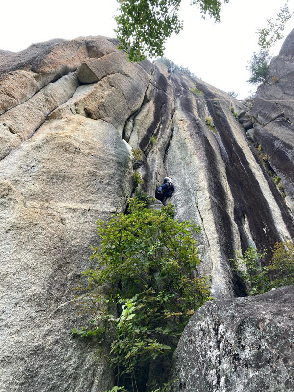 【スクール】  瑞牆山十一面岩末端壁_c0210618_12525438.jpg