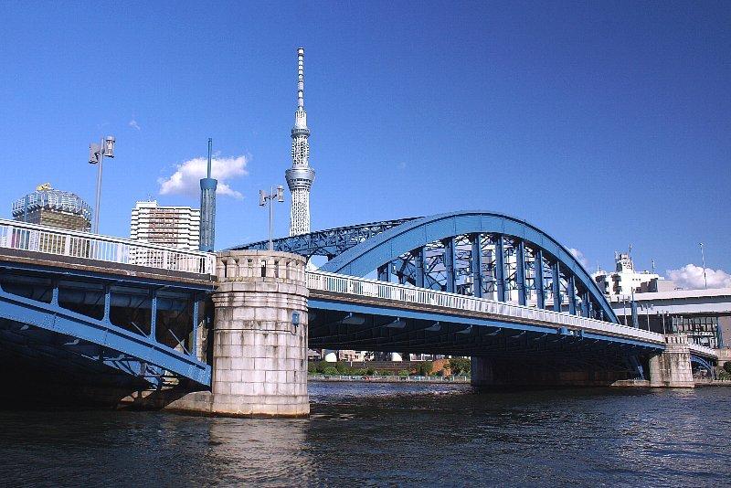 隅田川と橋とスカイツリーと青空と_a0355365_18554336.jpg