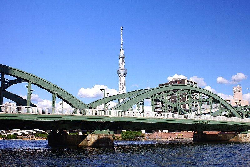 隅田川と橋とスカイツリーと青空と_a0355365_18555695.jpg