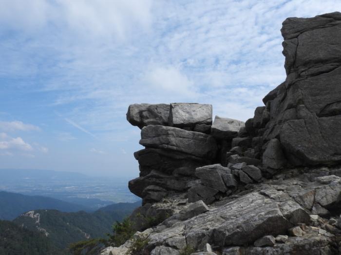 御在所岳周辺の奇岩No.1_e0149891_21050491.jpg