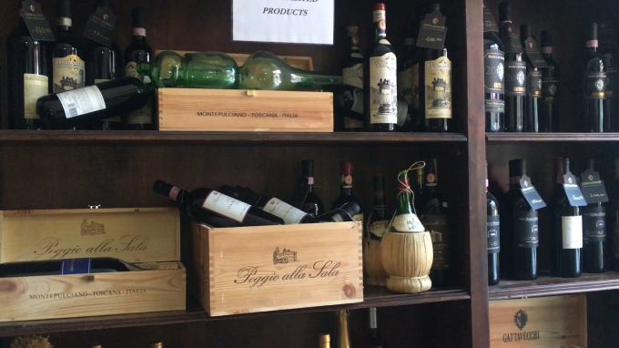 ワインの宝庫モンテプルチア-ノ_c0260942_01040663.png