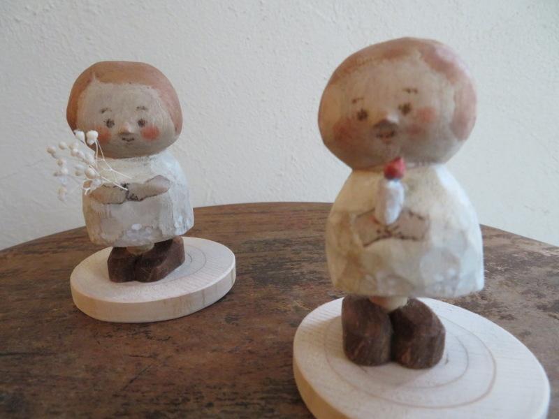 表情が一つ一つ違って、みんな可愛い!ハニカミヤさんの人形、ニッコリ笑顔で和む_f0129557_19485585.jpeg