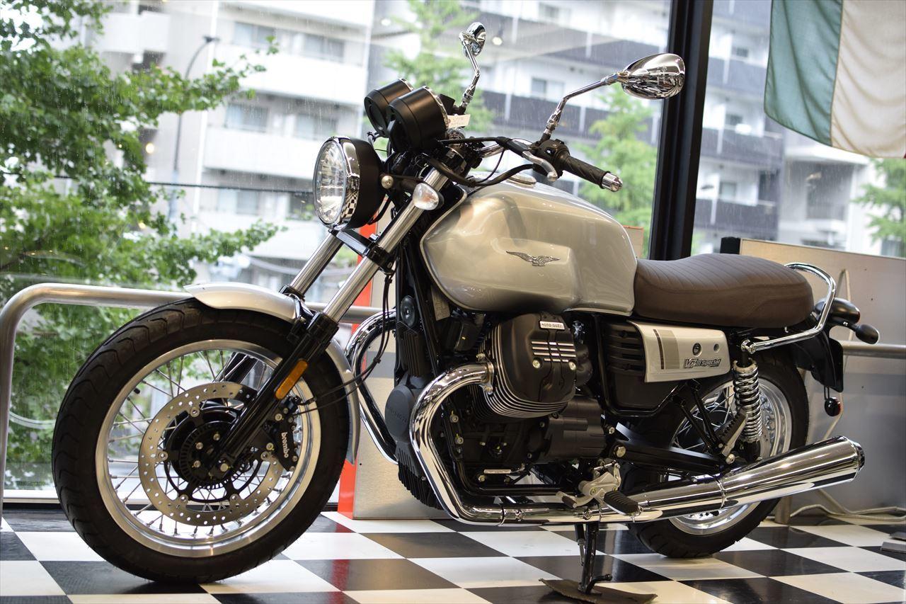 MOTO GUZZI V7Ⅲ Special 入荷しました!_d0099181_13564316.jpg