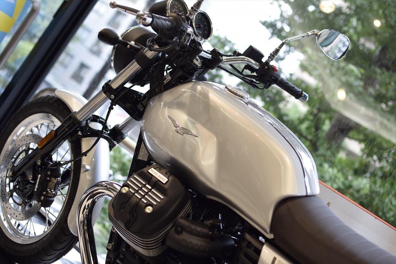 MOTO GUZZI V7Ⅲ Special 入荷しました!_d0099181_14181813.jpg