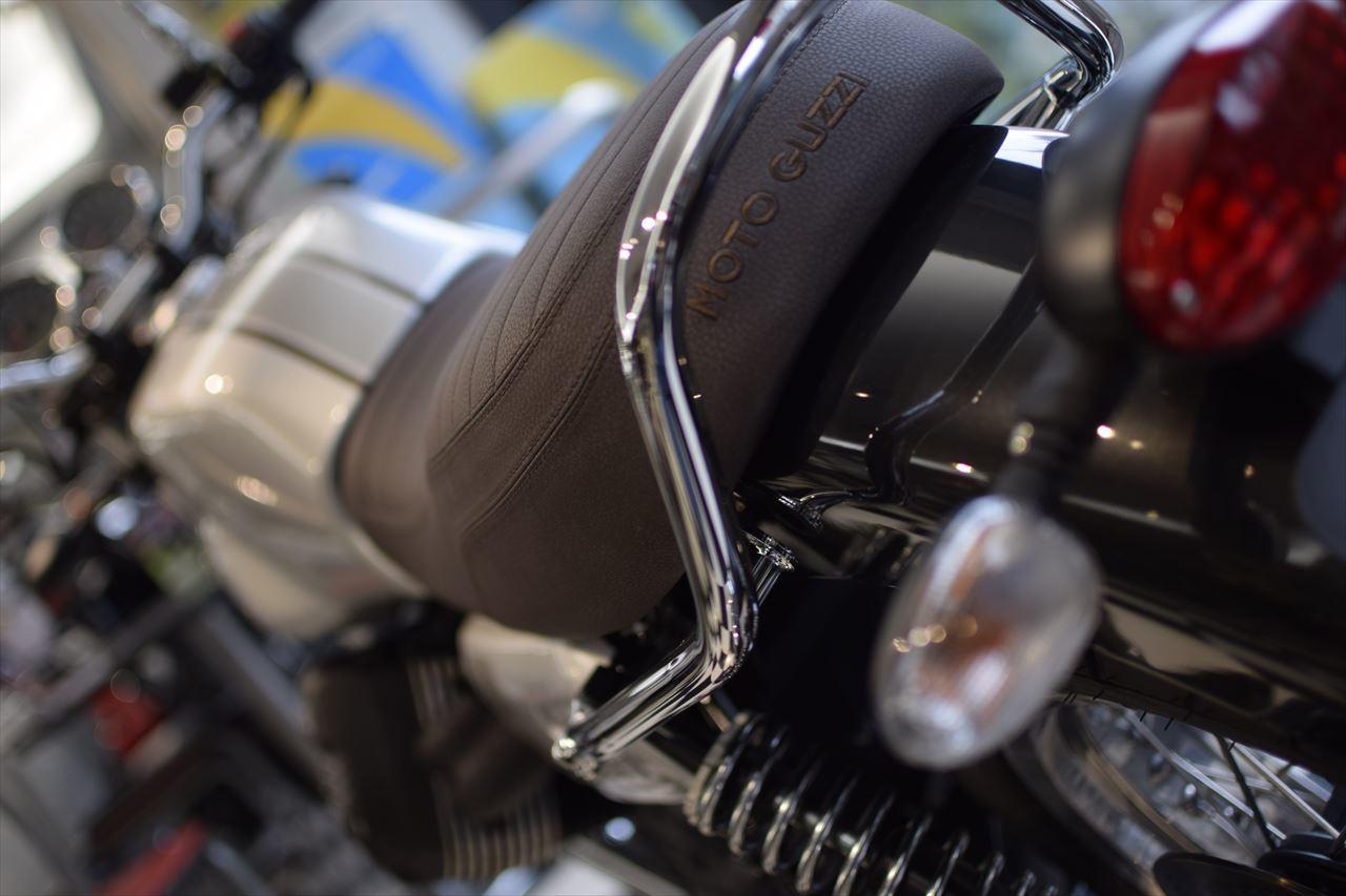 MOTO GUZZI V7Ⅲ Special 入荷しました!_d0099181_14212118.jpg