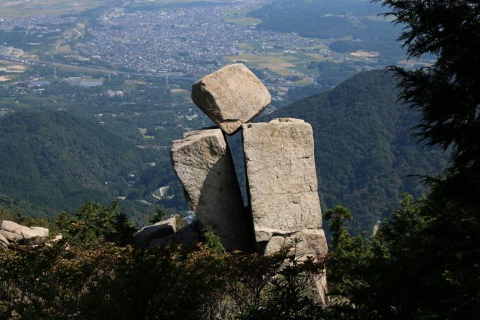 鈴鹿山系のすばらしい!!奇岩No.2_e0149891_09390284.jpg