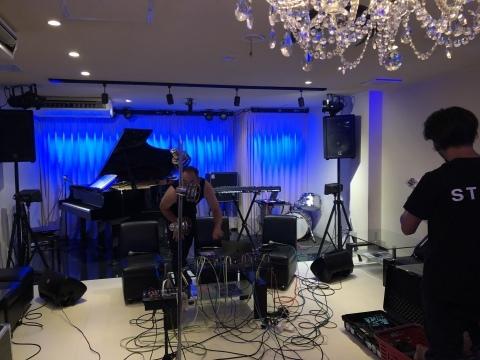 広島でジャズ Jazzlive Cominジャズライブカミン 本日土曜日は貸し切り営業です_b0115606_12194689.jpeg