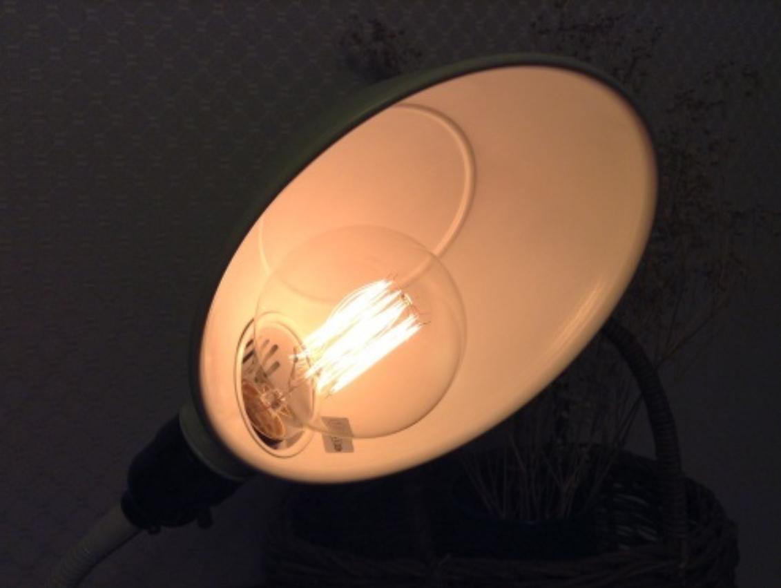 灯りの下で_c0331864_22201374.jpeg