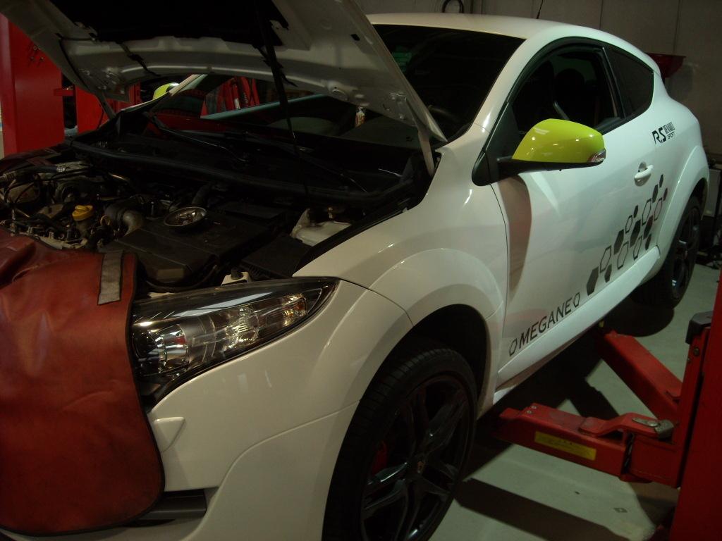 ルノークリオ スポールRS ABS修理_c0199873_09340849.jpg
