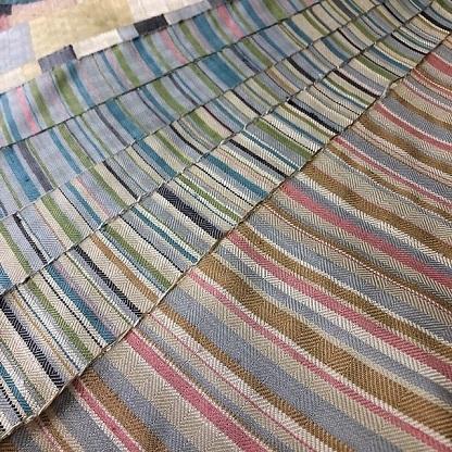 新しい織り半襟は、綾織りです。_f0177373_16140354.jpg