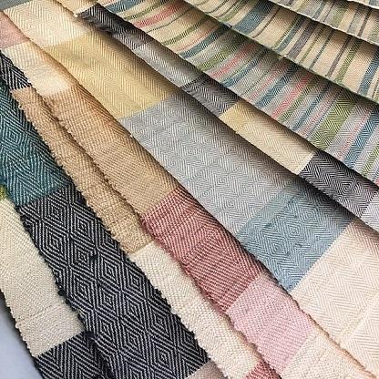 新しい織り半襟は、綾織りです。_f0177373_16142235.jpg