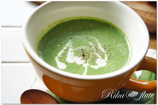 ほうれん草のスープ ナツメグを加えて甘みアップ!_c0103827_10551647.jpg