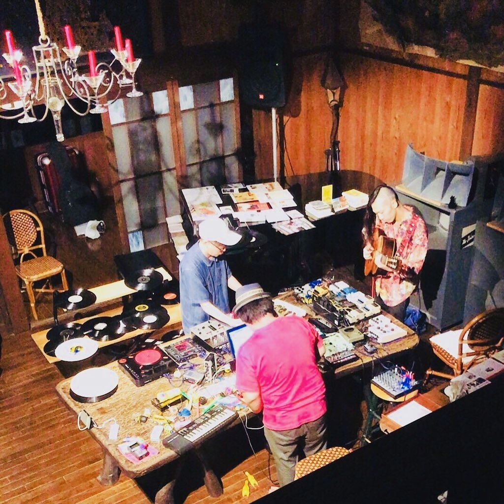 """10/30(土) 『鳴らした場合 at 山猫軒」やります! """"加藤一平(Guitar)、Yuki Kaneko(Electronics、Tape、Toys)、村田直哉(Turntable)""""_e0204744_00253946.jpg"""