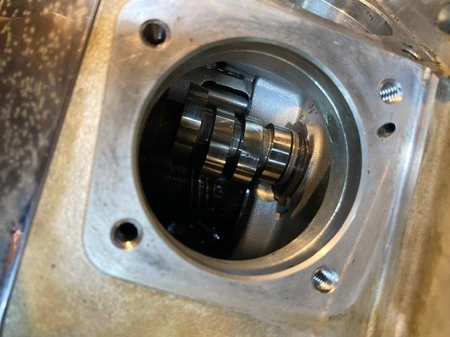 継続検査とエンジン修理などなど_c0152253_23012892.jpg