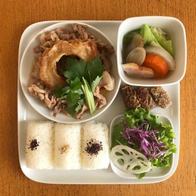 豚肉と車麩の炒め煮_b0102217_16130990.jpg