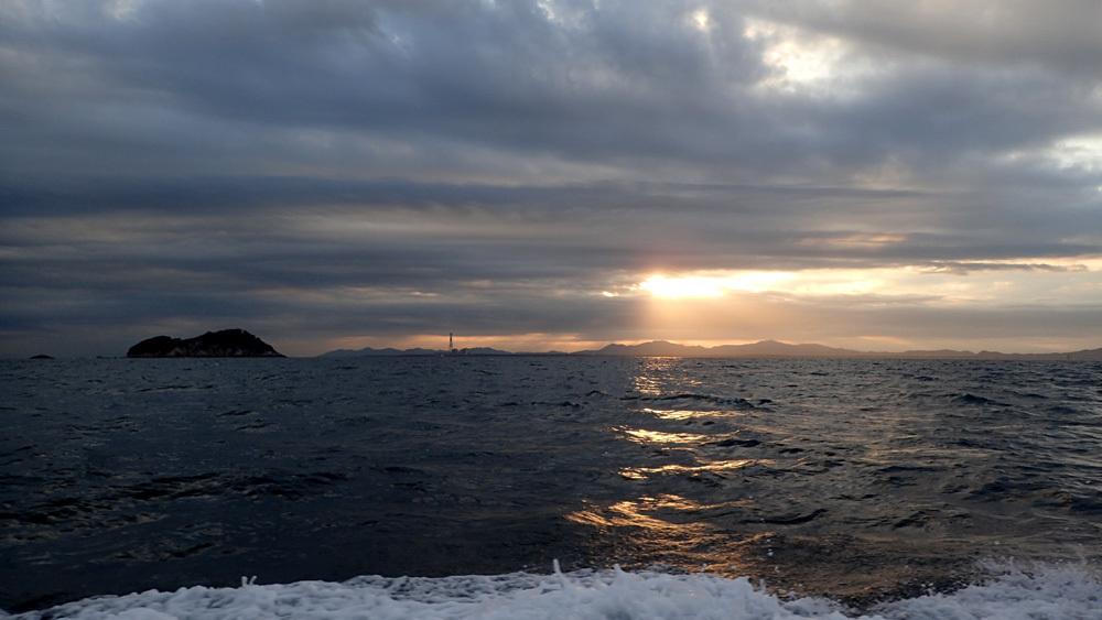 大井港よりイシダイ釣り。 2020年10月14日(水)_d0171823_21474008.jpg
