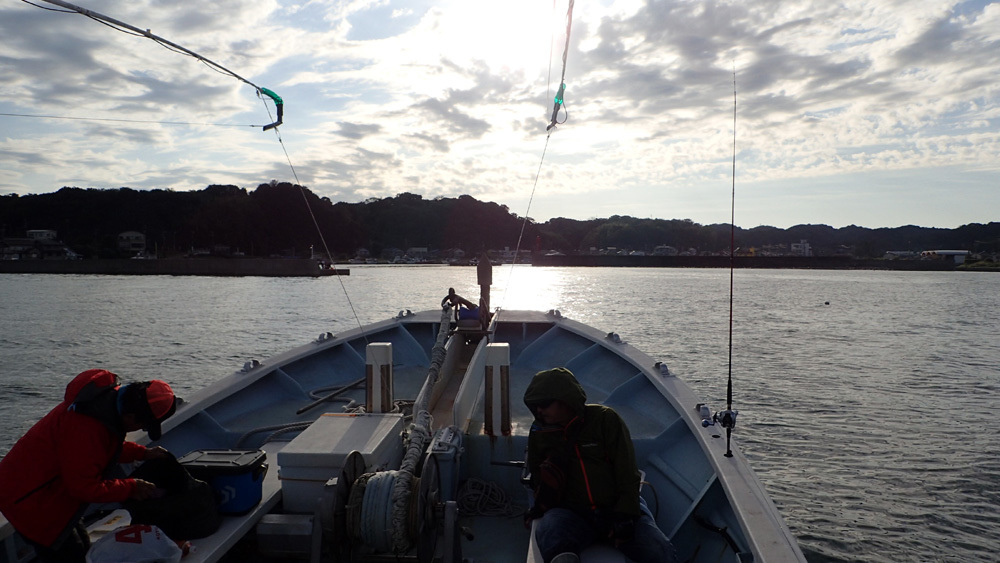 大井港よりイシダイ釣り。 2020年10月14日(水)_d0171823_21520287.jpg