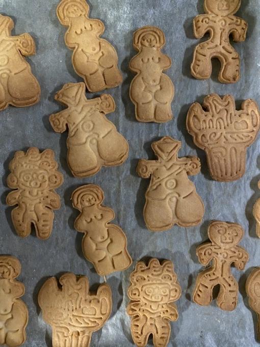 土偶クッキーあります_e0269428_12384526.jpeg