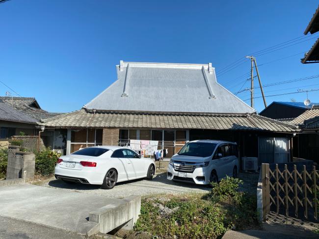 明治44年築の茅葺き屋根の贅沢な平屋です。_f0115152_15002665.jpg