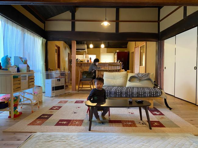 明治44年築の茅葺き屋根の贅沢な平屋です。_f0115152_15033897.jpg