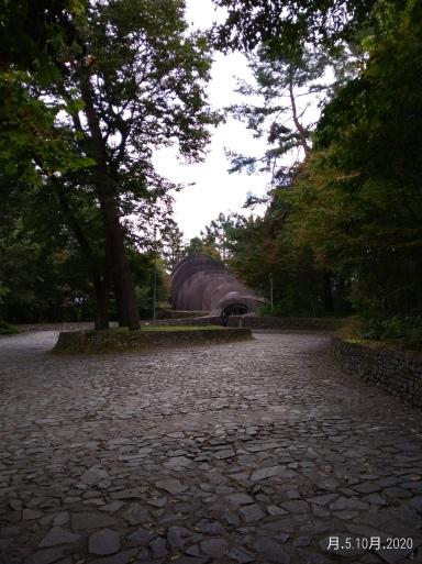 石の教会_e0292359_19375305.jpg