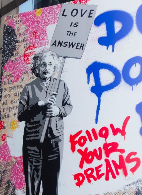 コロナ禍のニューヨークならではの情熱的な巨大アート看板 by Mr. Brainwash_b0007805_06224564.jpg