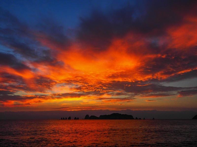 島の朝焼け_c0235114_10120828.jpg