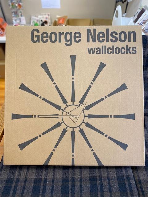 BUBBLE LAMPが設置されたN様邸の素敵な空間に加わるNELSON Spindle Clockが到着しました!_b0125570_11501027.jpg