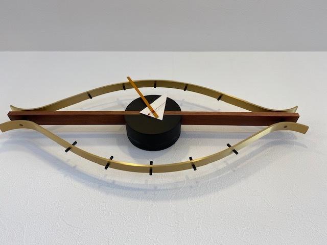 BUBBLE LAMPが設置されたN様邸の素敵な空間に加わるNELSON Spindle Clockが到着しました!_b0125570_11534989.jpg
