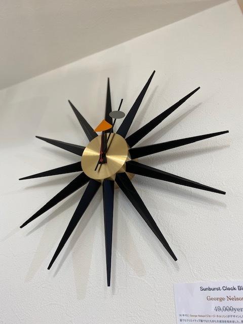 BUBBLE LAMPが設置されたN様邸の素敵な空間に加わるNELSON Spindle Clockが到着しました!_b0125570_11550802.jpg