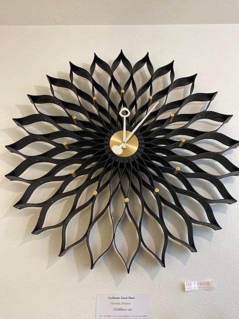 BUBBLE LAMPが設置されたN様邸の素敵な空間に加わるNELSON Spindle Clockが到着しました!_b0125570_11554933.jpg