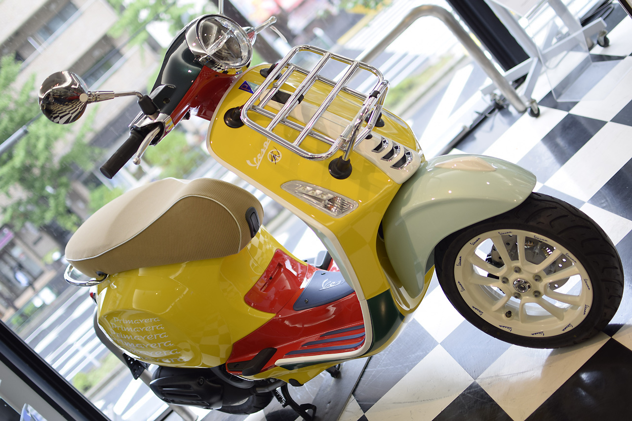Vespa Primavera 125 SEAN WOTHERSPOON(ベスパ プリマベーラ ショーン ワザースプーン)Special Edition_d0099181_15295577.jpg