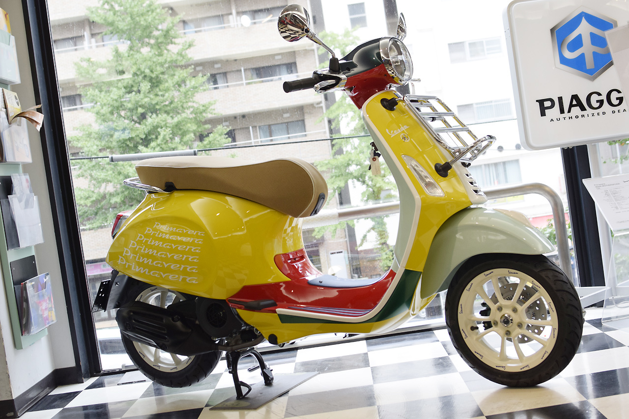 Vespa Primavera 125 SEAN WOTHERSPOON(ベスパ プリマベーラ ショーン ワザースプーン)Special Edition_d0099181_15300630.jpg