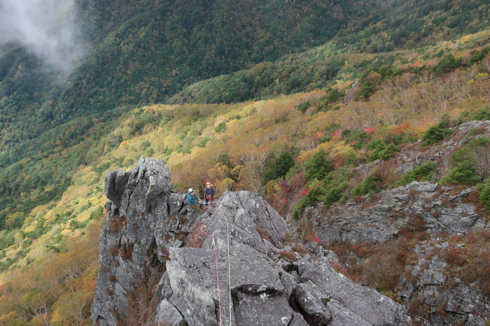 乾徳山旗立岩中央稜&第一岩稜_d0138986_12573155.jpeg