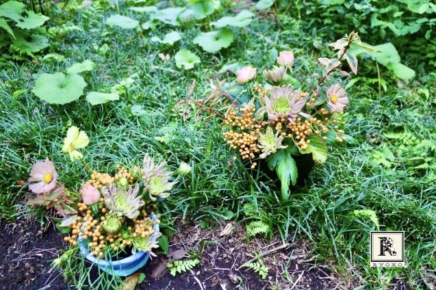 できたての「小さな花器」にさっそくこどもたちとお花をいけてみました!_c0128489_17245261.jpeg