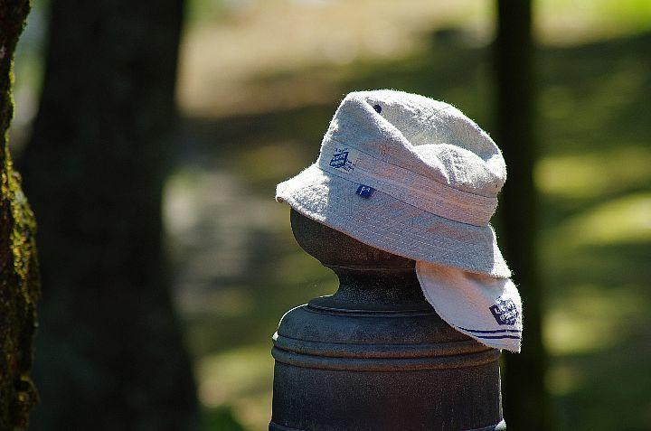 白い帽子_f0360801_10115671.jpg