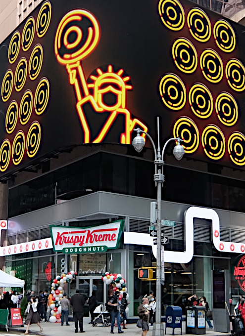 クリスピー・クリームの「ホット・ライト」(Hot Light)点灯中は、できたてのドーナツを食べられます_b0007805_22062612.jpg