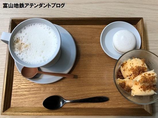 東岩瀬にあるカフェ「MUROYA」_a0243562_11011050.jpg