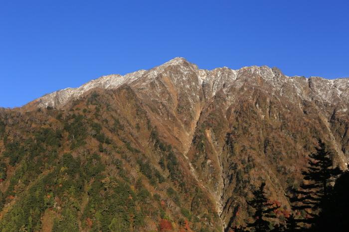 爺ヶ岳 201018 初雪_e0338862_15282899.jpg